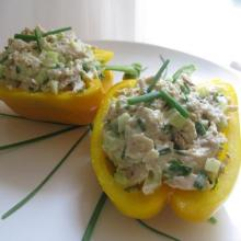 chicken-salad-peppers